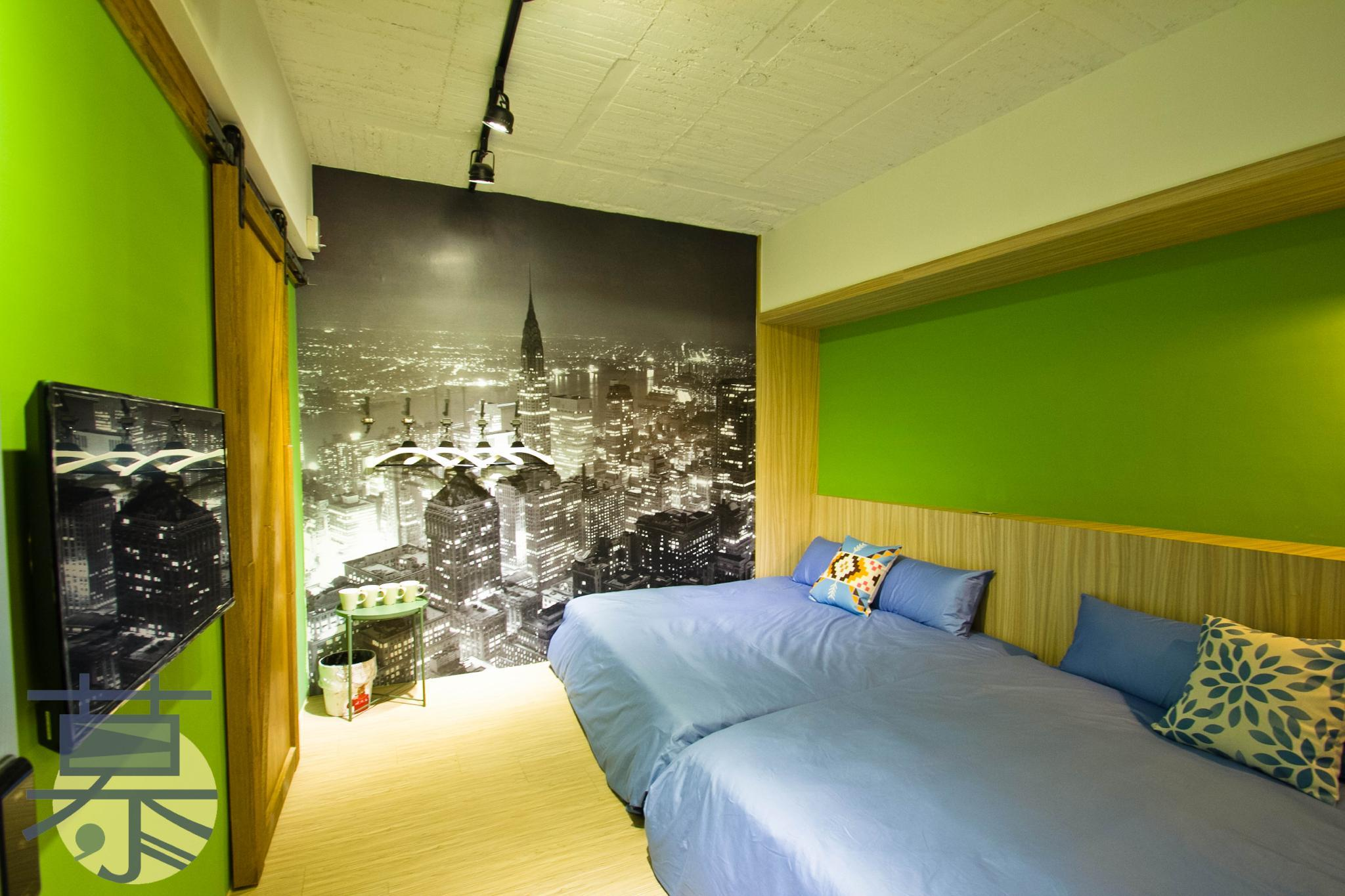 mu hostel - Alice in wonderland Quad Room
