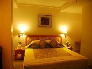 อินเดอร์ เรสซิเด้นซี่ (Inder Residency)