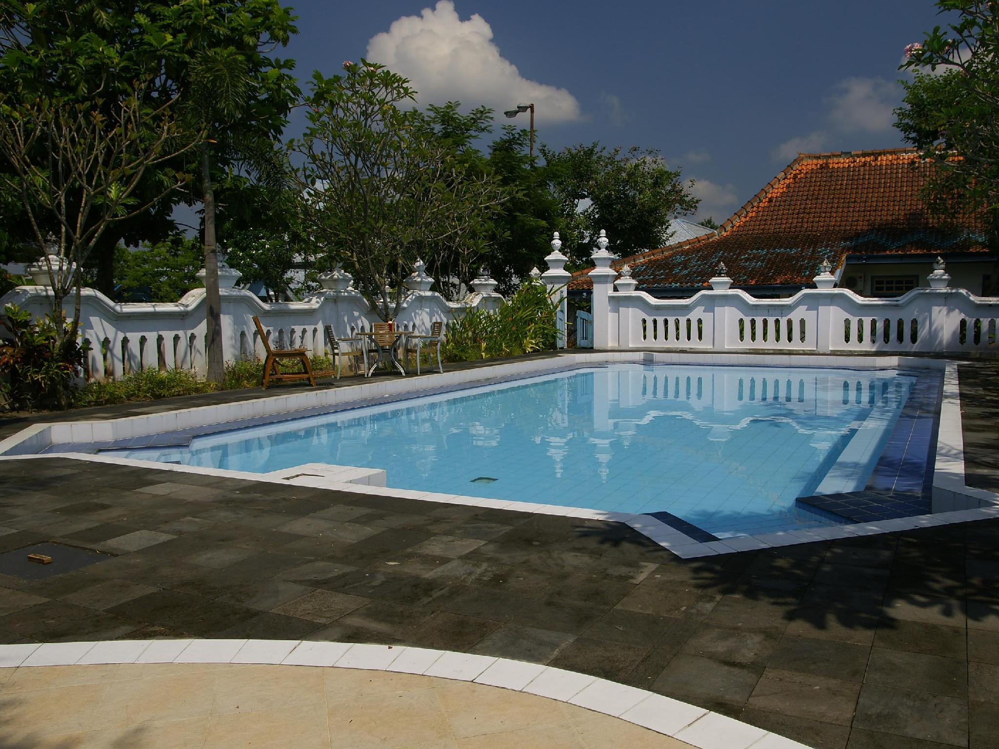 NDalem Ngabean Bungalow Yogyakarta