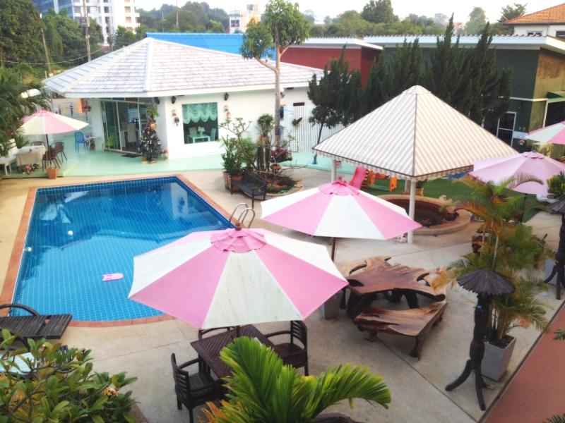 Hotel Murah di Bang Saray Pattaya - Willkris Resort