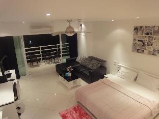 Vtsix Condo Rentals at View Talay 6 Pattaya
