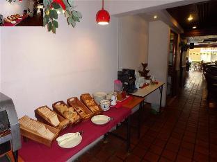 Karon Cafe' Inn