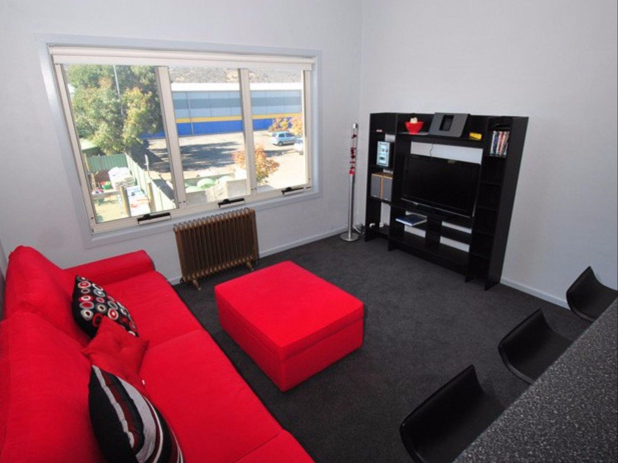 Razorback 14 Deluxe Holiday Apartment