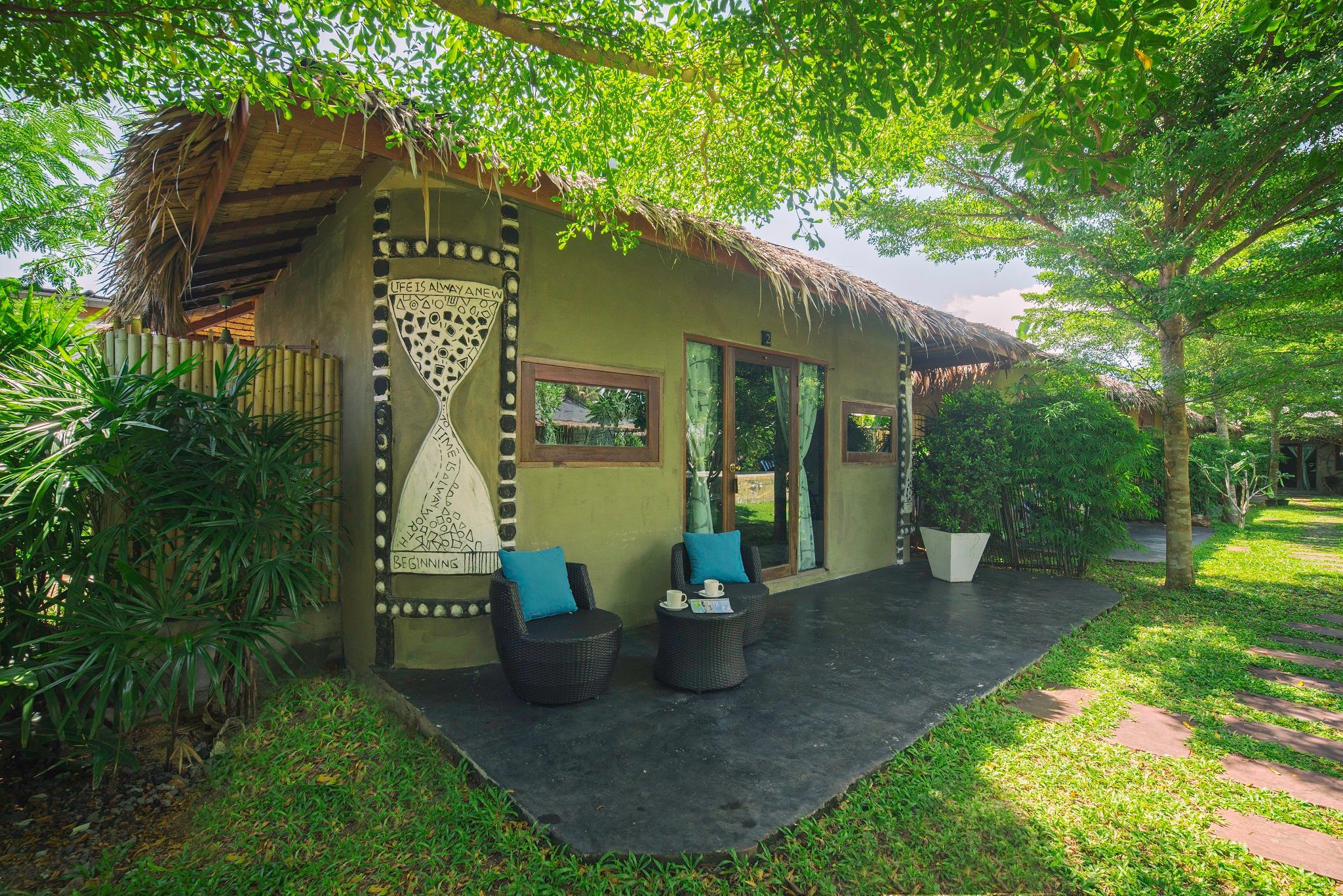 The Privilege Hotel Ezra Royal Garden Reviews