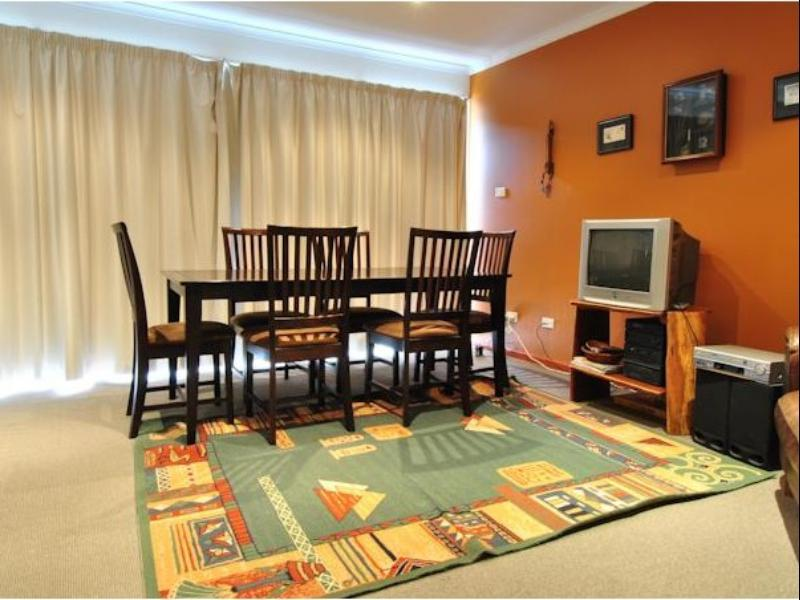 Price Mowamba D2 - Private Holiday Home