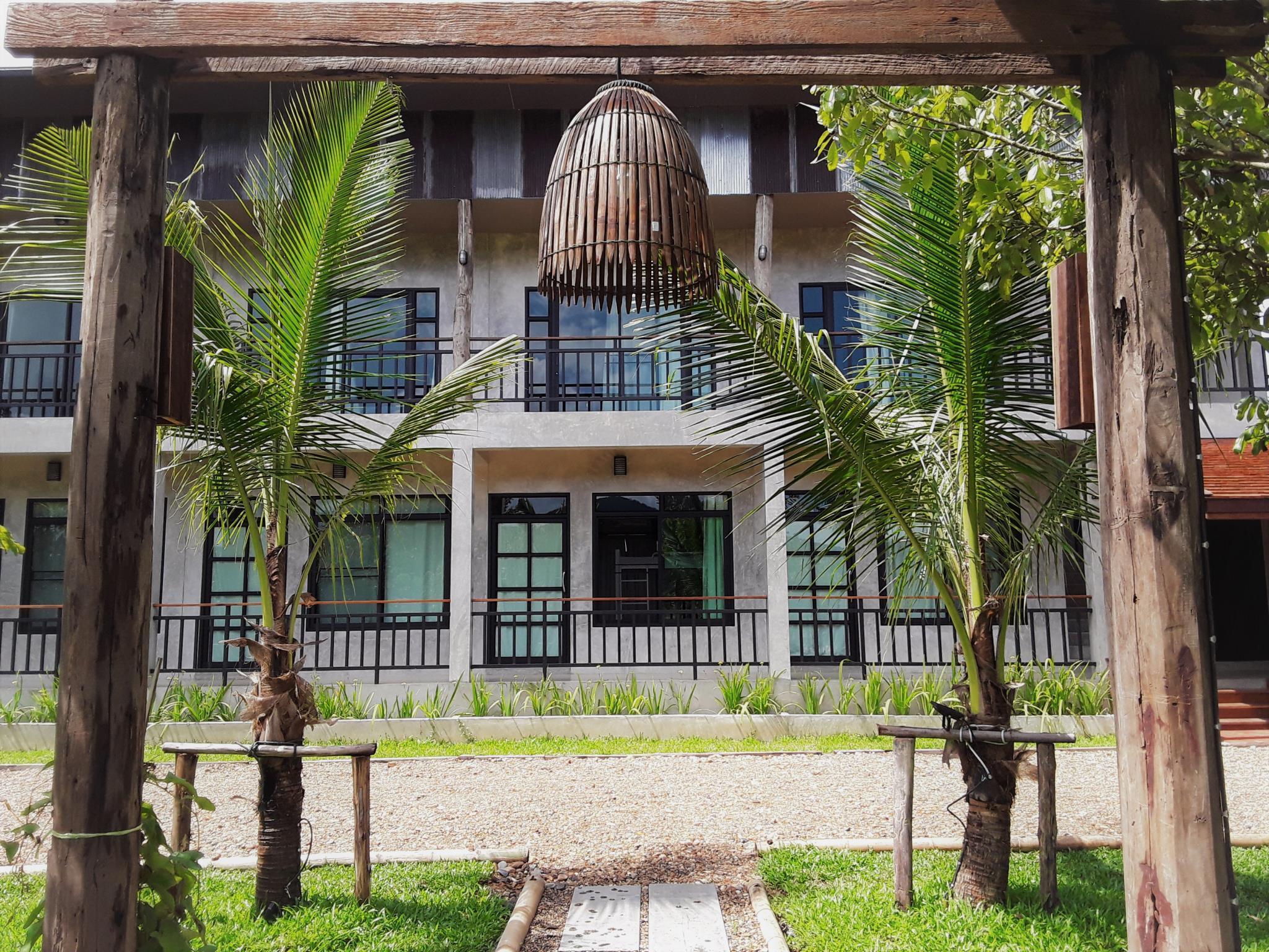 Le Cocotier Resort เลอ โคโคติเยร์ รีสอร์ต