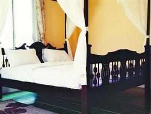 Phuaroon Resort