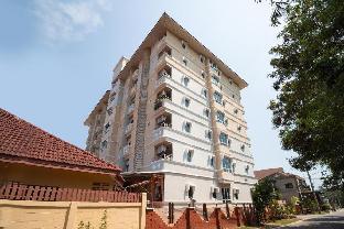 OYO 827 Preechana Golden Place Service Apartment โอโย 827 ปรีชนา โกลเดน เพลซ เซอร์วิซ อพาร์ตเมนต์