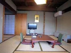 Yudanaka Onsen Shimaya