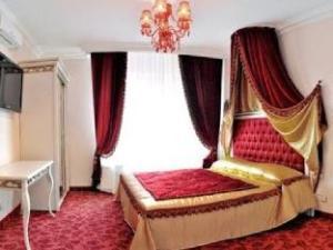 รอยัล ซิตี้โฮเต็ล (Royal City Hotel)