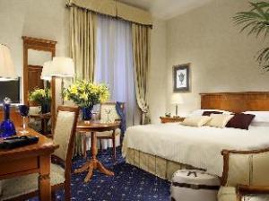 فندق إمباير بالاس (Empire Palace Hotel)