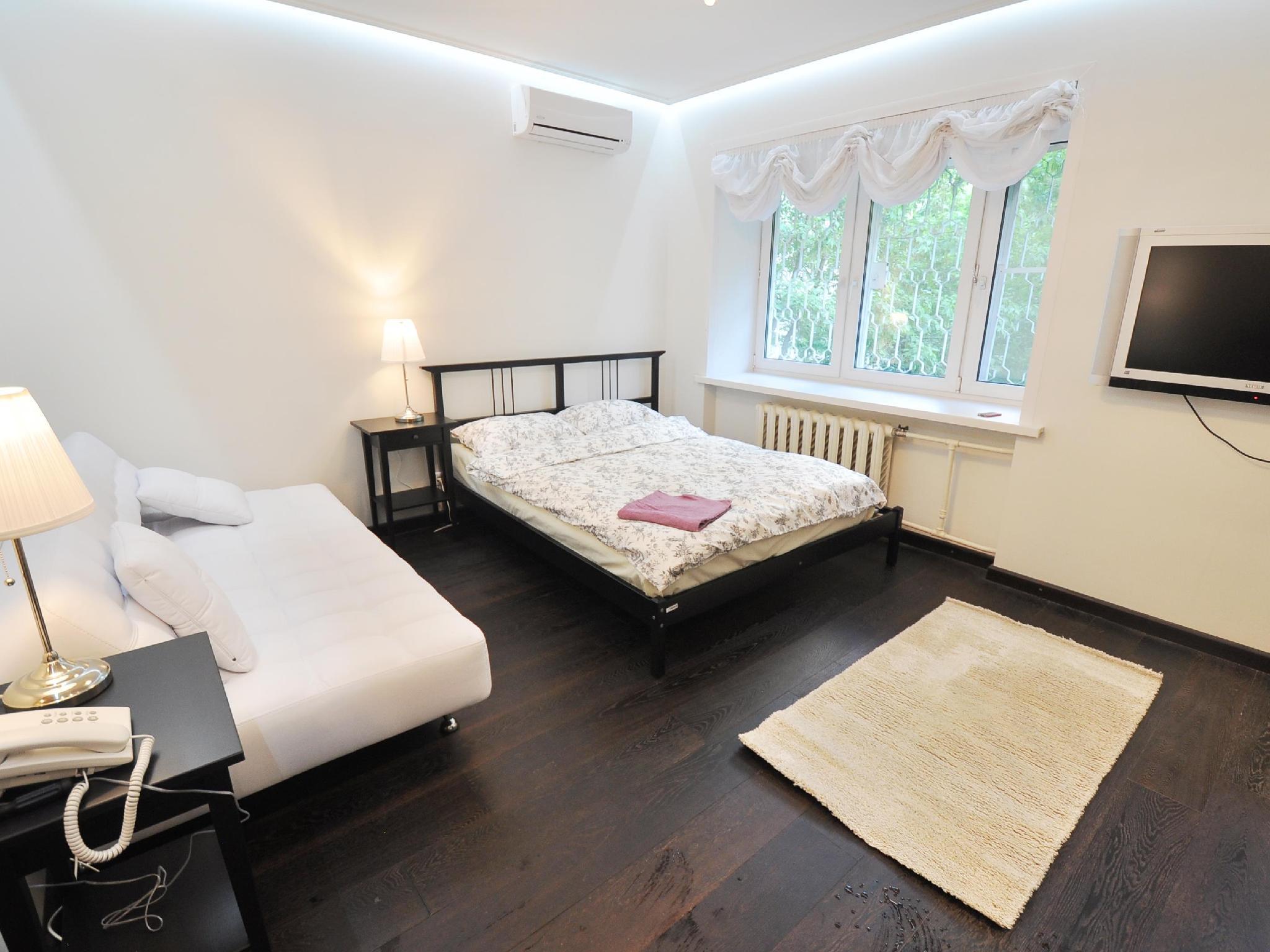 Flats 4 U Apartments Smolenskaya