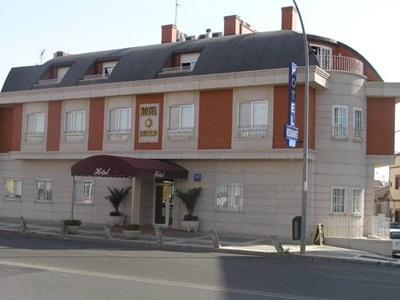 Hotel Escudero
