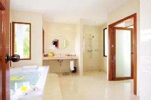 %name Patong 5 Bedroom Luxury Pool Villa Sleeps 10 ภูเก็ต