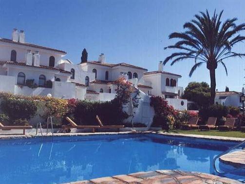 Macdonald Villacana Resort