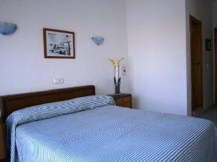 Фото отеля Hostal Vista Alegre By Eurotels