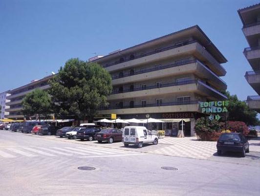 RVhotels Apartamentos La Pineda