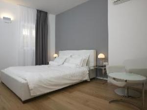 ディヴォータ アパートメント ホテル (Divota Apartment Hotel)