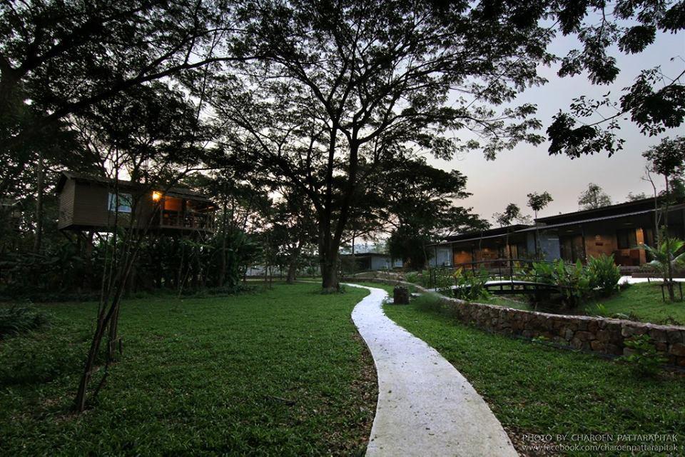 Alongkorn Farm & Resort