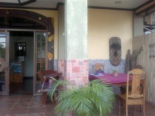 J-Lais Balai Turista Hotel