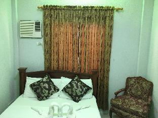 picture 4 of Cecilia's Inn