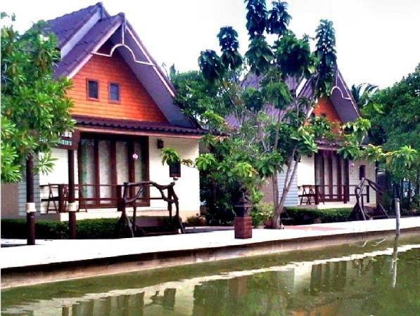 Baan Thai Damnoen Canal House Resort Ratchaburi