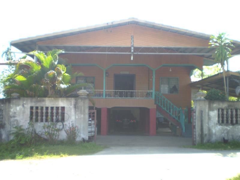 Taun Gusi Village Homestay