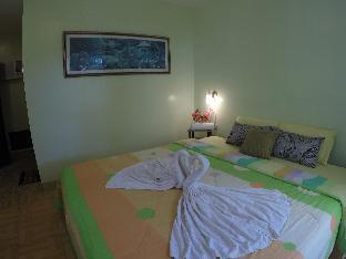 picture 2 of La Estrella Beach Resort