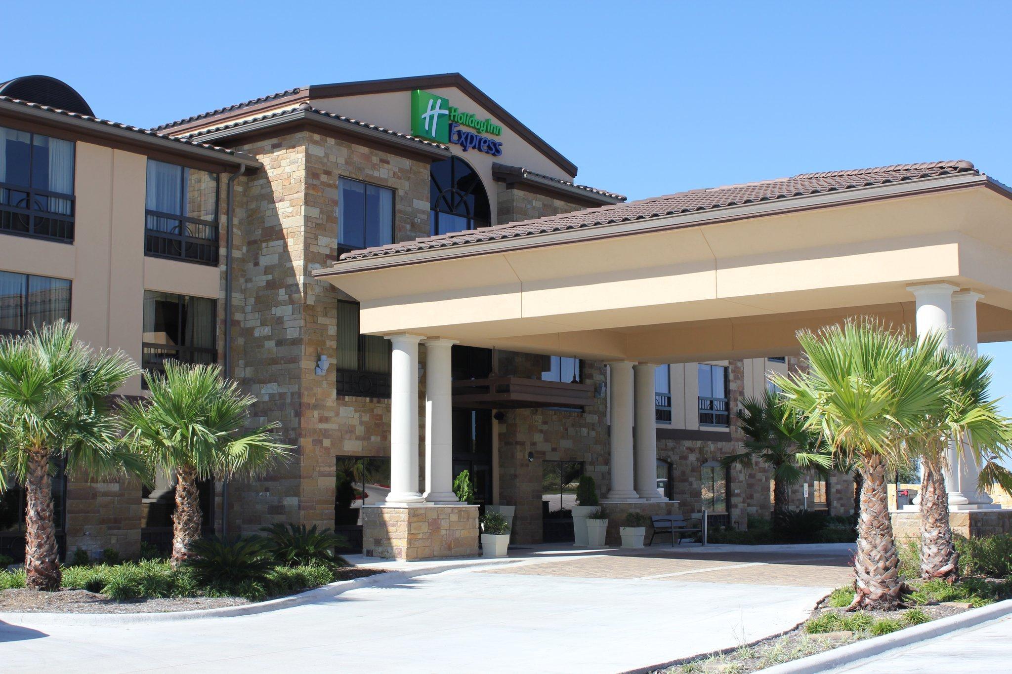 Holiday Inn Express Lakeway