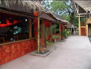 Pundaquit Paradise Hotel