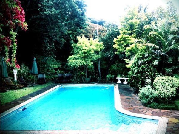 Hacklewood Hill Country House Port Elizabeth