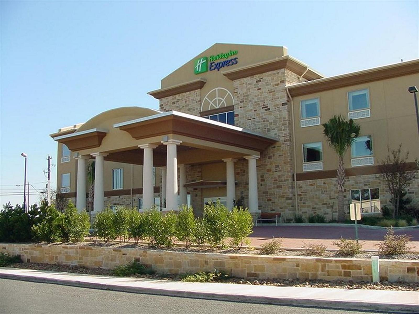 Holiday Inn Express And Suites Fredericksburg