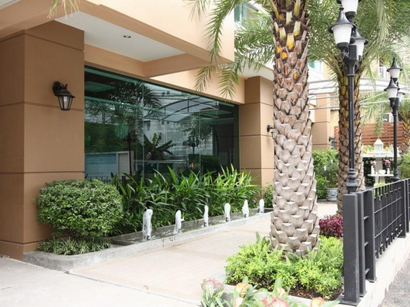The Liu Executive Apartment