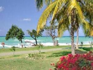 Carib Beach Apartments Bed And Breakfast