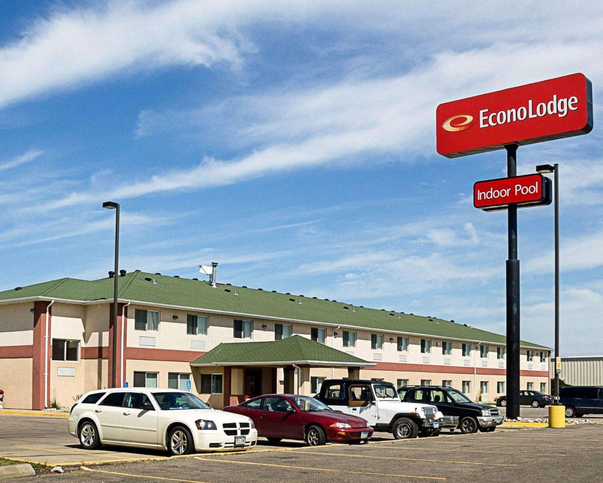 Econo Lodge West I 29 West Acres Mall