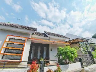 Villa 2 kamar No. 7 dekat Museum Angkut  Malang