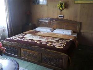 Lake Guest House Srinagar