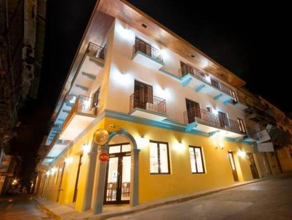 Tantalo Hotel - Kitchen - Roofbar Panama City