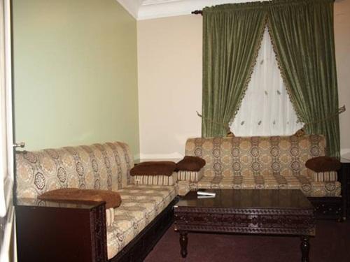 Wrood Al Nuzl Hotel Apartments
