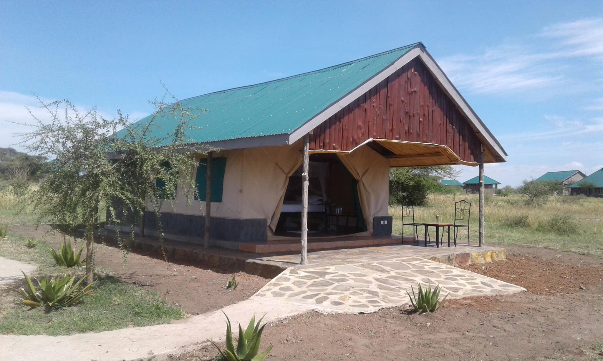 Zebra Kemangore Bush Tented Lodge