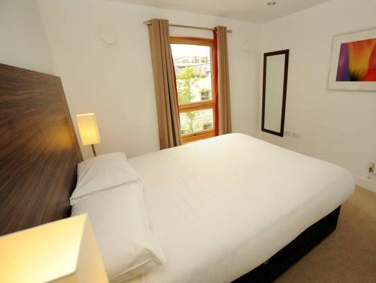 PREMIER SUITES PLUS Bristol Cabot, Hotels Recommendation ...