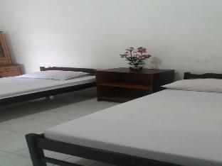 Фото отеля 1 bedroom double AC Penginapan Kofiyau