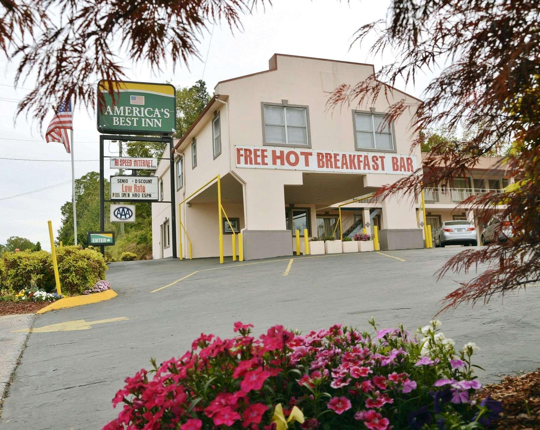 America's Best Inn   Calhoun