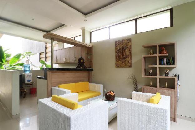 Pulasari Homestay & Villa