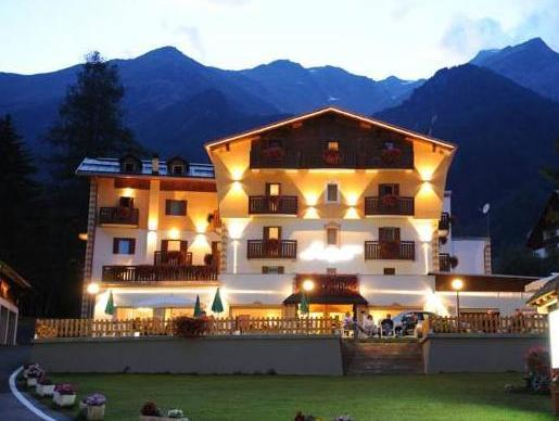 Hotel Alpino Family Wellness Hotel
