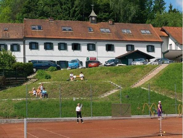 Hotel And Tennis Riederhof