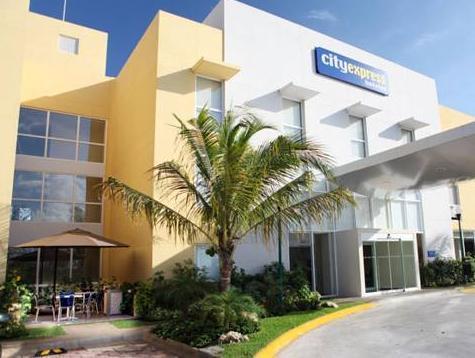 City Express Playa Del Carmen