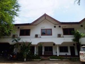 Phonethap Yotniyom Hotel