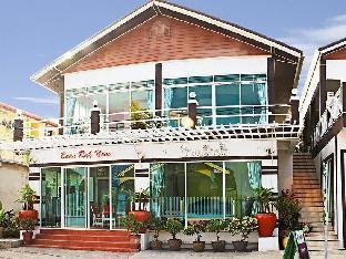 Baan Rak Nam บ้านรักน้ำ