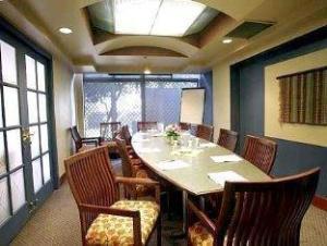 Quality Downtown Inn At False Creek Hotel